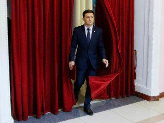 О роспуске Рады Зеленский якобы объявит сразу после своей инаугурации