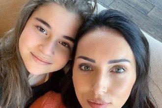 Победу Микеллы Абрамовой связывают с ее звездной мамой Алсу / Фото: Instagram/Алсу