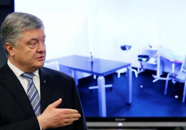 Петр Порошенко хочет провести дебаты с Владимиром Зеленским на стадионе в три этапа