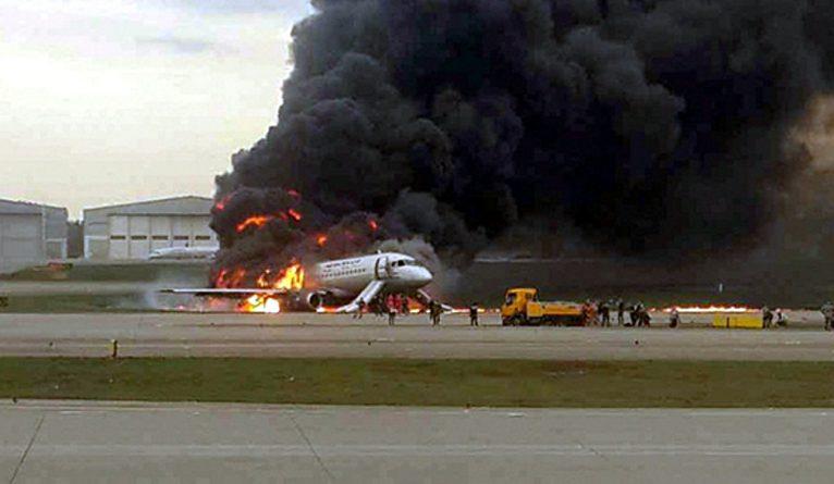 самолет, пожар, Шереметьево