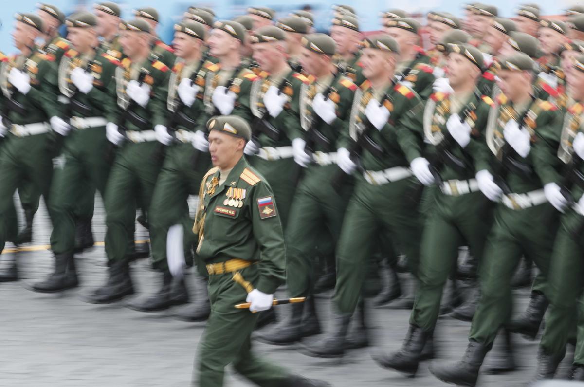 В Москве отменена часть парада Победы