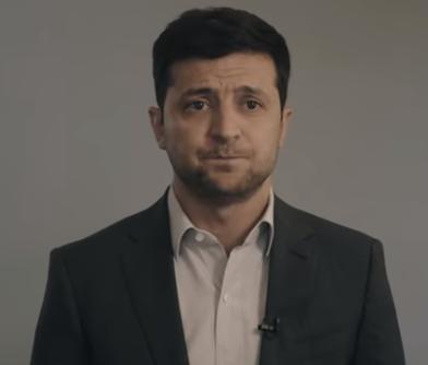 Владимир Зеленский сравнил Петра Порошенко с невоспитанным туристом