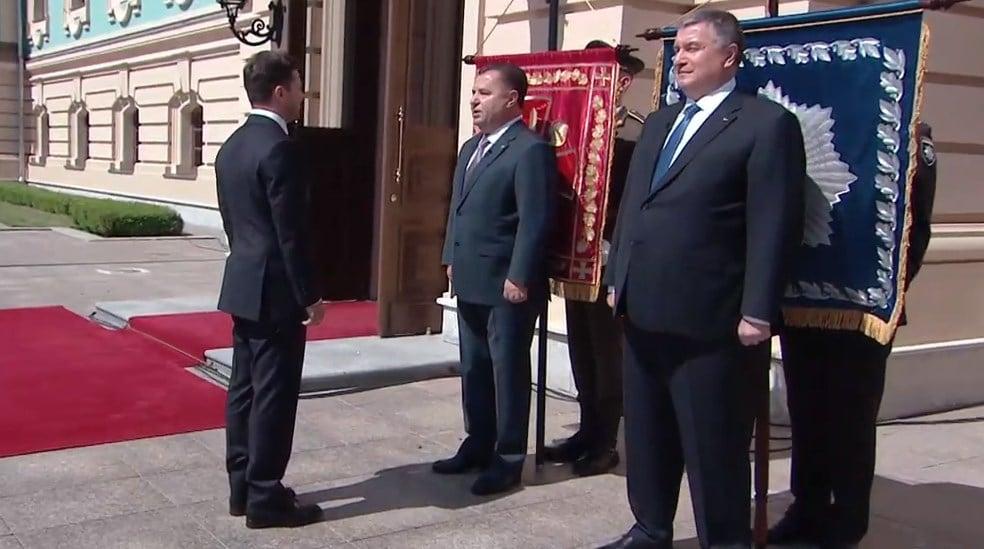Василия Грицака освистали на церемонии инаугурации Владимира Зеленского