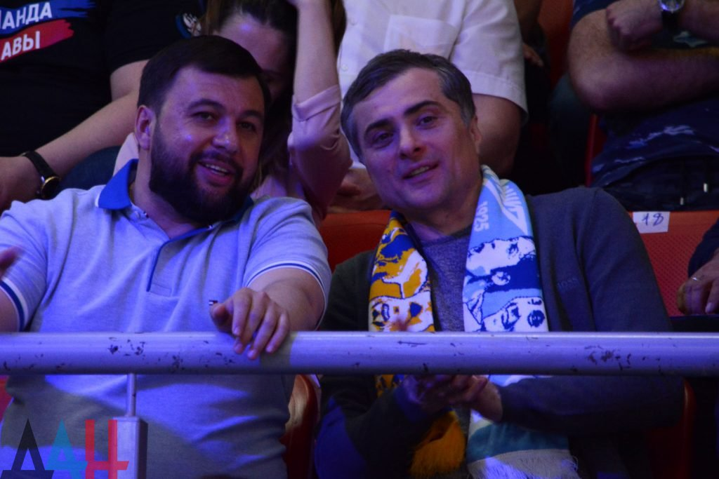 Конфликт на Донбассе — Денис Пушилин и Владислав Сурков общались в Ростове