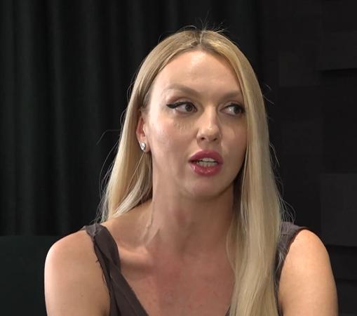 Оля Полякова — Войну на Донбассе может закончить женщина, полагает Оля Полякова