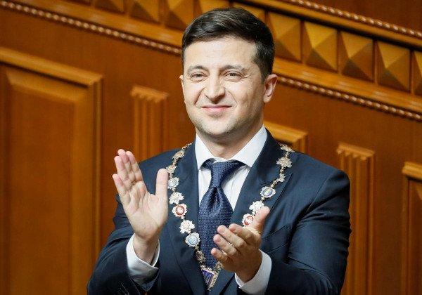 После выступления Зеленского в Раде депутату вызвали скорую