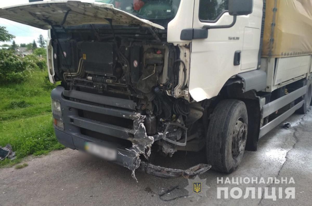 ДТП на Хмельнитчине — На Хмельнитчине произошла авария, погибли три человека