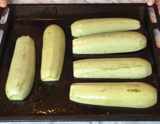 Этапы приготовления фаршированных кабачков-лодочек