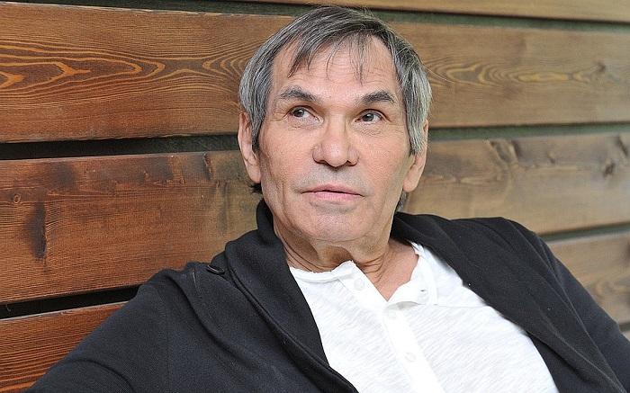 Бари Алибасов
