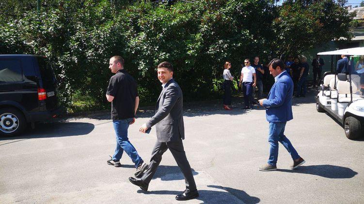 Зеленский явился в Париж с официальным визитом: первые подробности