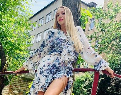 Сегодня взяло интервью у Оли Поляковой — Оля Полякова пожаловалась, что ее домогались известные продюсеры