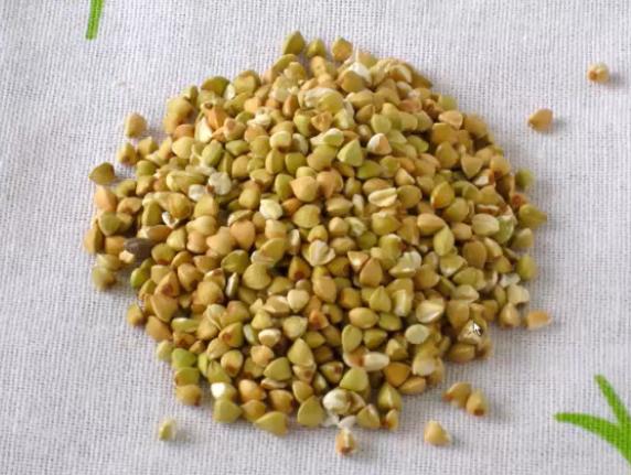 Как варить гречку — Зеленую гречку стоит щадяще варить