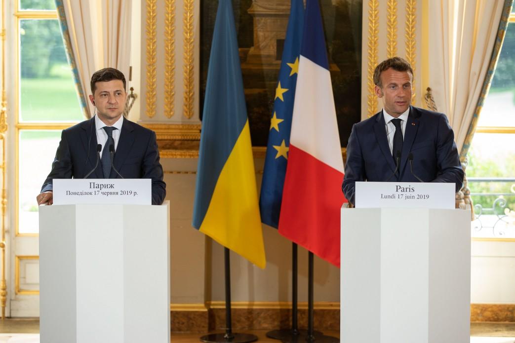 Президенты Украины и Франции достигли договоренности по расследованию гибели борта Боинга 737 МАУ