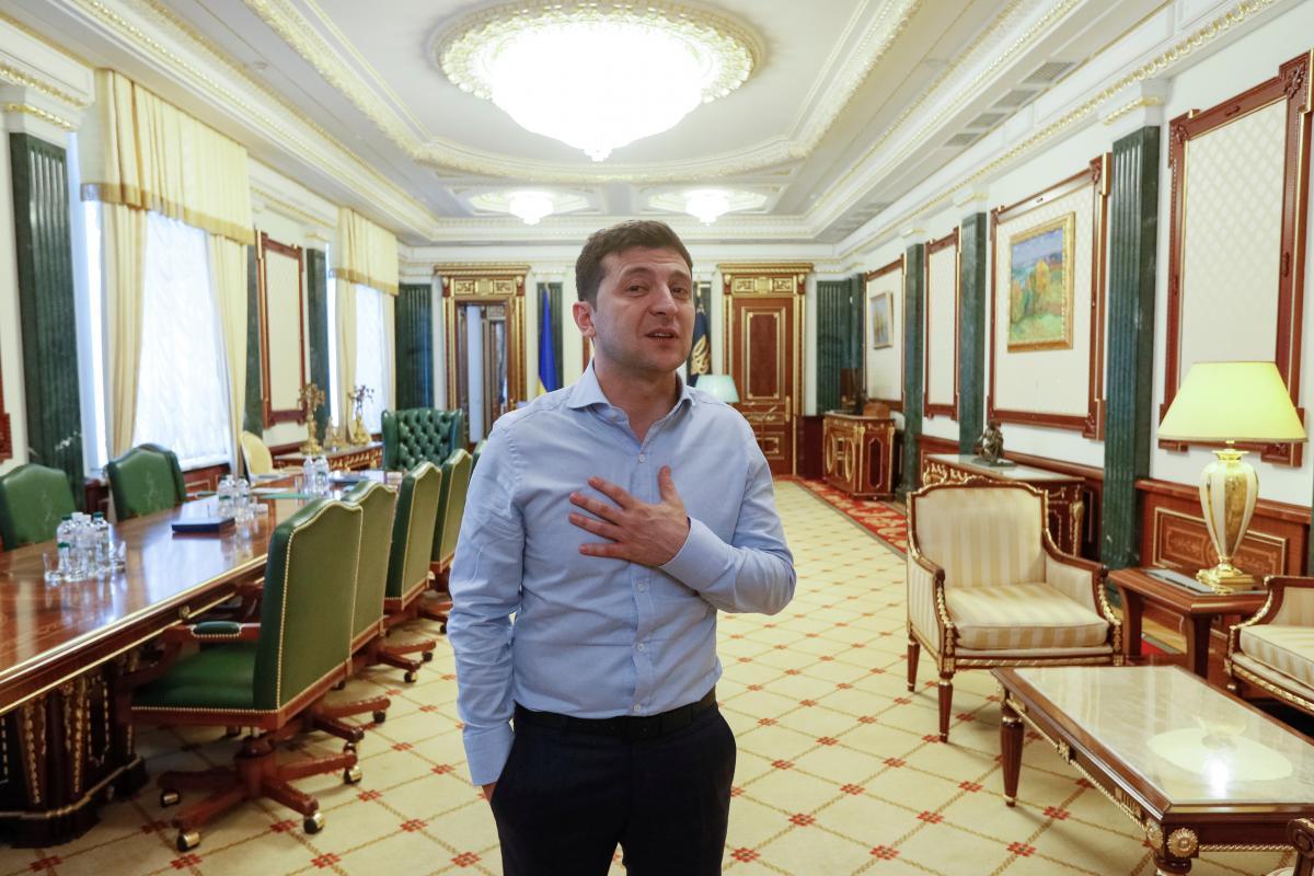 Зеленский новости — На протяжении первого месяца президентства Владимир Зеленский не совершил глубокие ошибки, полагает эксперт