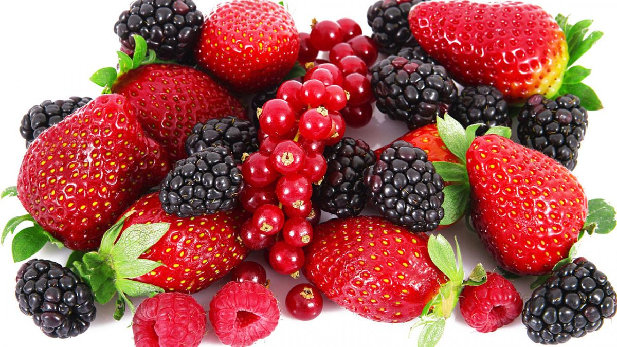 Названы 5 эффективных ягод для похудения