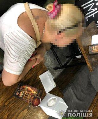 Новости Львова — Львовянку задержали за продажу дочери в сексуальное рабство, сообщили в полиции