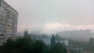 В Киеве на Виноградаре бушевал ураган