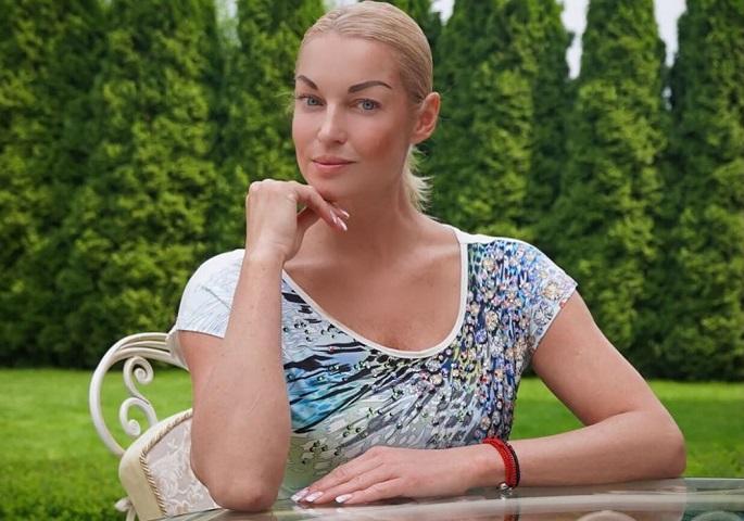 Анастасия Волочкова предложила новую диету и спровоцировала