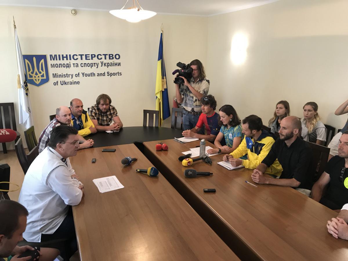 Анна Соловей требует отставки президента ФВУ