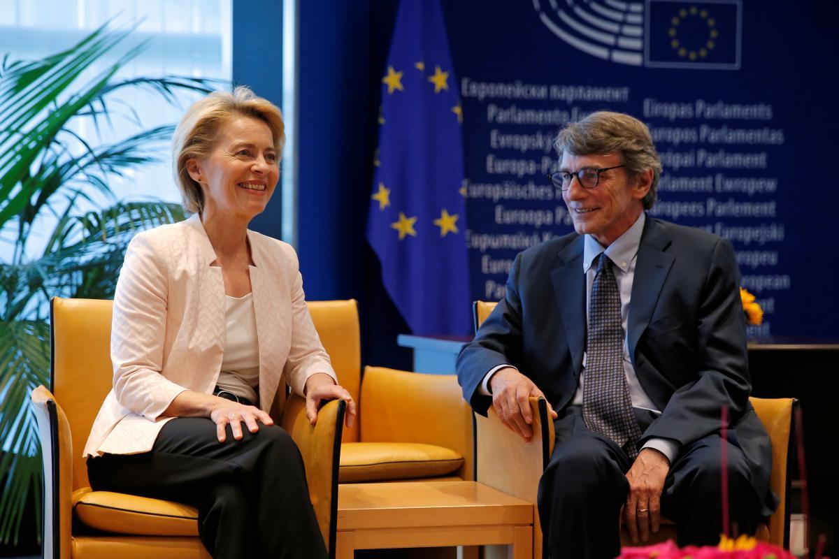 Министр обороны Германии Урсула фон дер Ляйен, назначенная президентом Европейской комиссии и президент Европейского парламента Давид Сассоли в Страсбурге