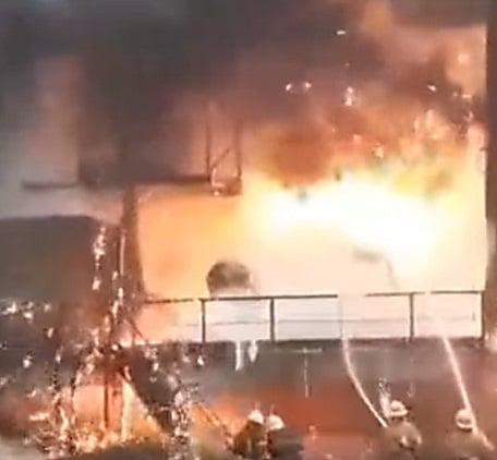 На «Азовстали» разлились 2000 тонн расплавленного чугуна