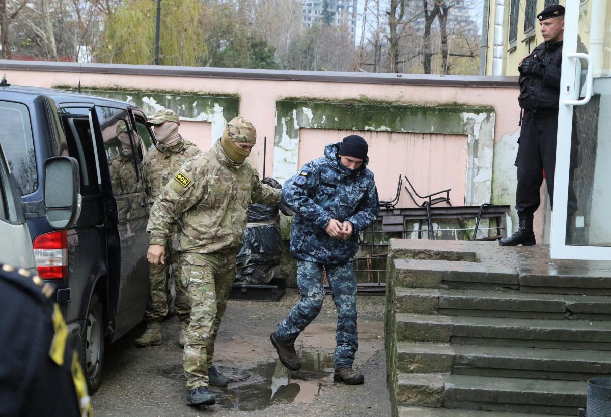 В РФ отпустили пленных моряков-украинцев под поручительство Людмилы Денисовой, сообщил адвокат - Обмен пленными 2019