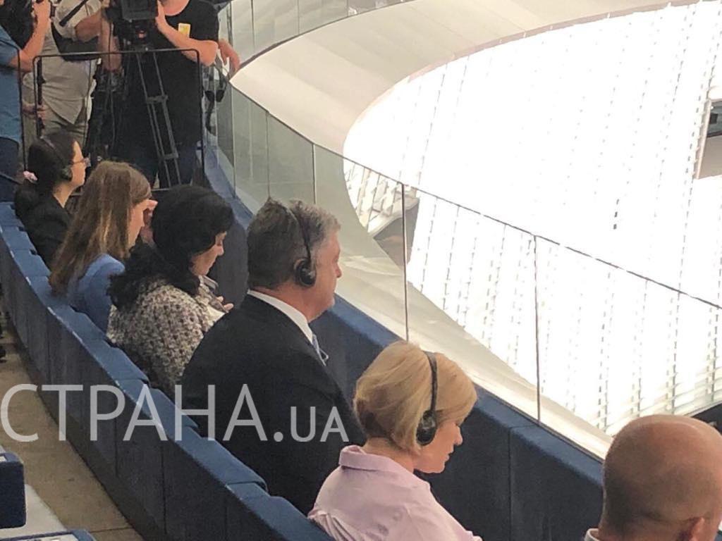 Сидел на галерке: для Порошенко не нашлось места в Европарламенте