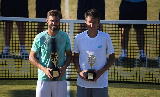 Сергей Стаховский в паре с Марселем Гранольерсом выиграл турнир в Нью-Порте