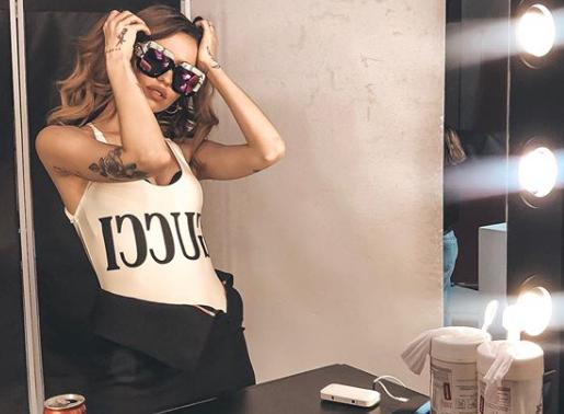 Дорофеева фото — Надя Дорофеева сверкнула грудью в маечке