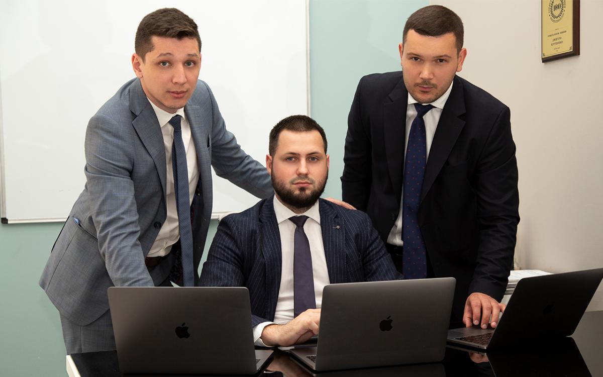 Команда профессионалов под руководством Дмитрия Крупенко показывает высокие результаты.