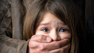 Згвалтування, дівчинка