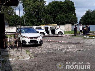Автомобиль принадлежит жене 31-летнего кандидата в депутаты