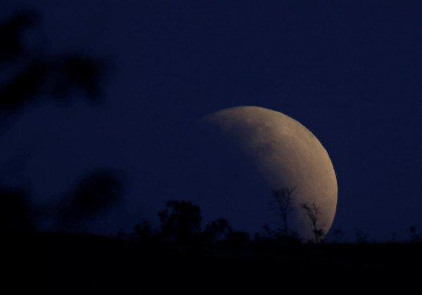 Частичное лунное затмение 16 июля 2019 в Бразилии