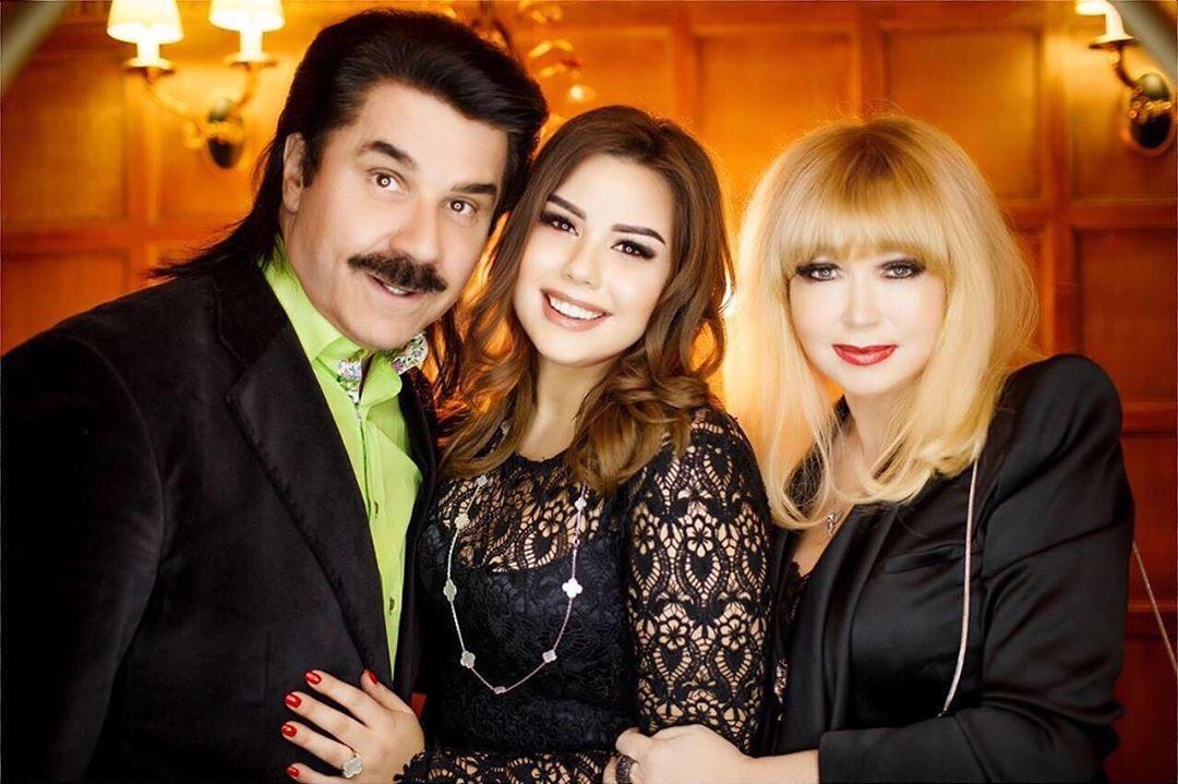 Павел Зибров с семьей
