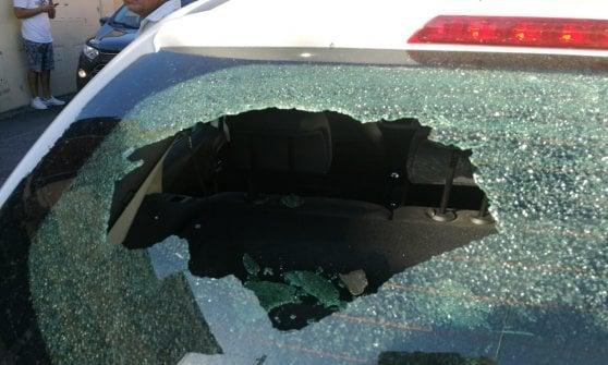 Обломки самолета разбивали стекла