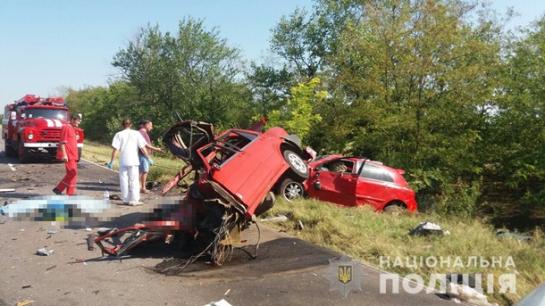 Из-за обгона в Одесской области погибли люди