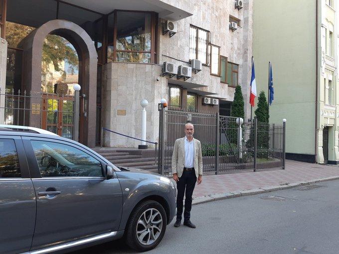 посол Франции