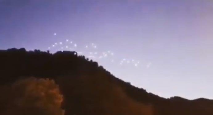 В небе над Москвой заметили боевой флот пришельцев
