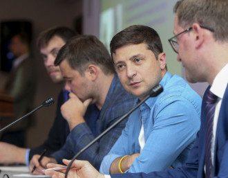 Отставка Богдан - Андрей Богдан готов уйти в отставку с поста главы Офиса президента в любое время, утверждает Владимир Зеленский