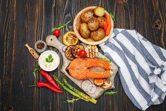 еда_рыба_картофель_пост_овощи_морепродукты_гриль_лосось