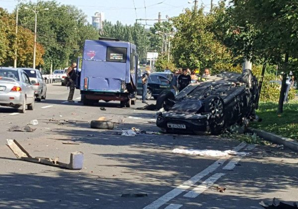 В Донецке в ДТП погибли четыре человека