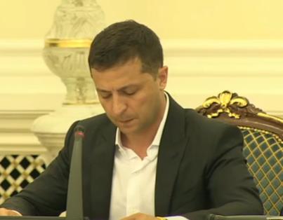 В Минске договорились о новом разведении сил на Донбассе, сообщил Владимир Зеленский