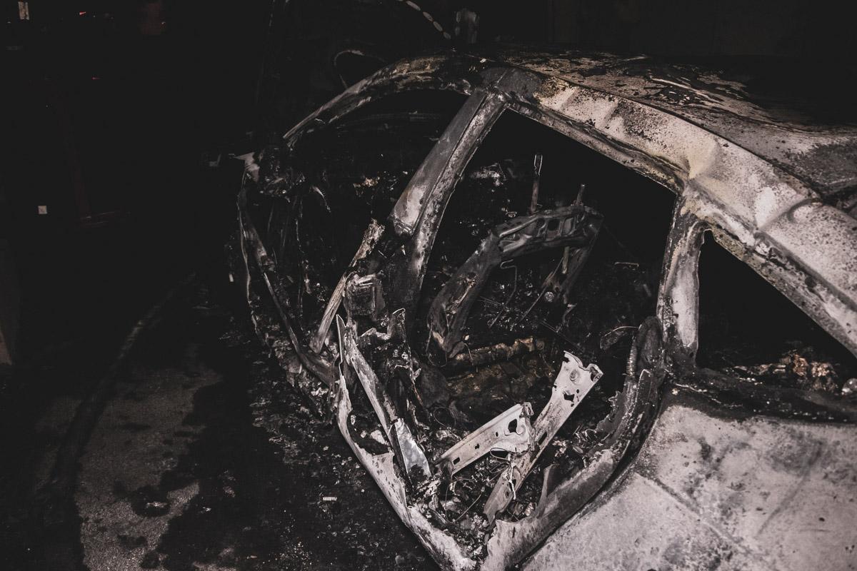 В центре Киева сгорела Audi А7