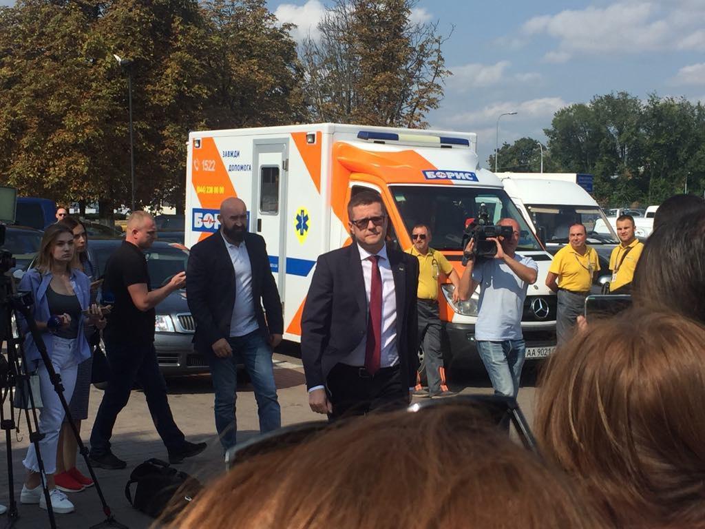 Баканов прибыл в Борисполь