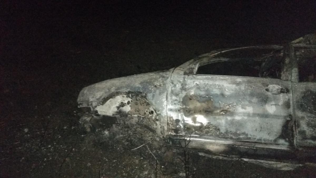 В Марьинке легковушка попала в ДТП и загорелась, две жертвы