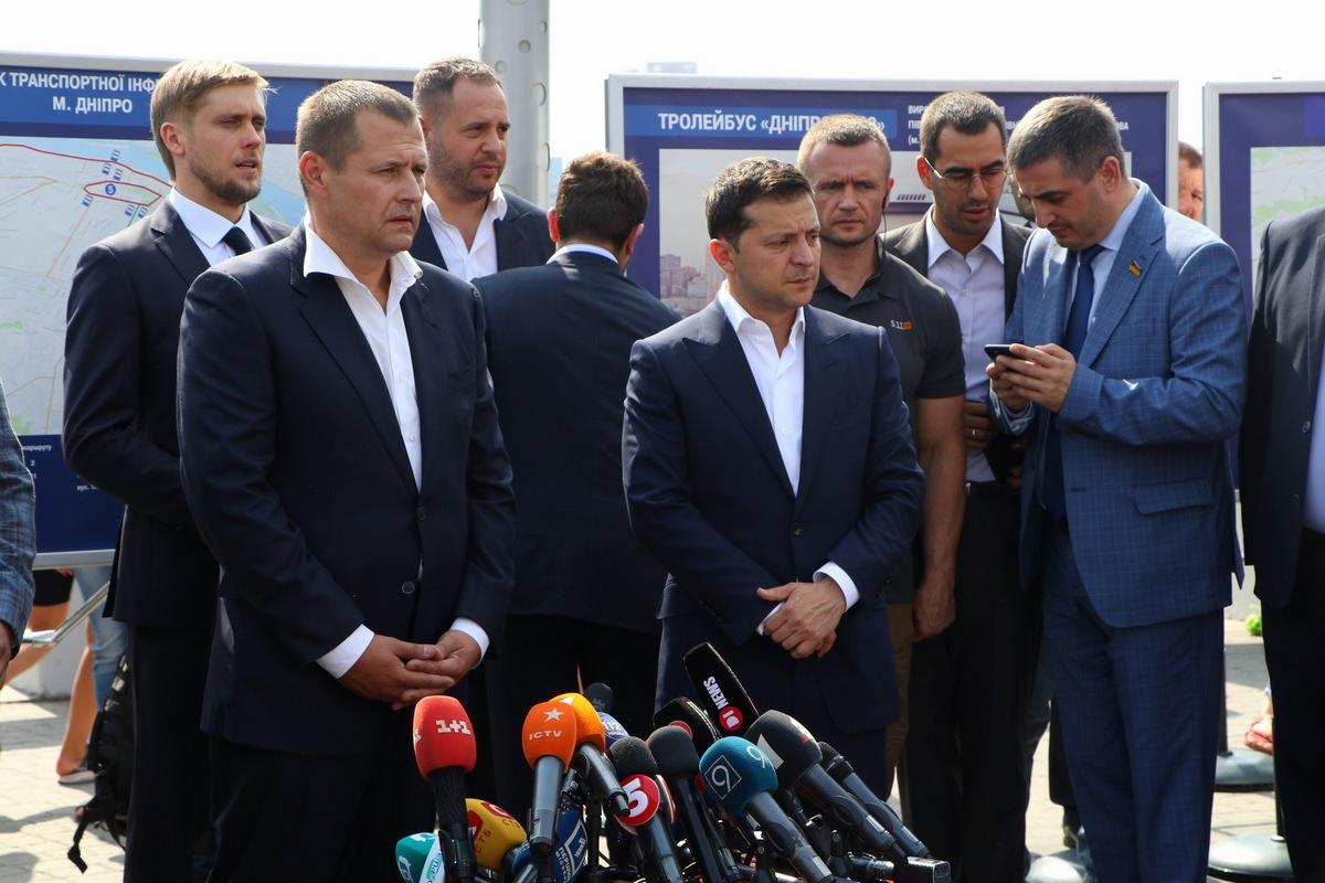 Борис Филатов и Владимир Зеленский осмотрели Новый мост после капитального ремонта