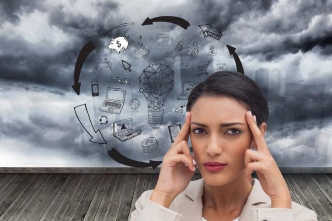 Почему болит голова и что делать