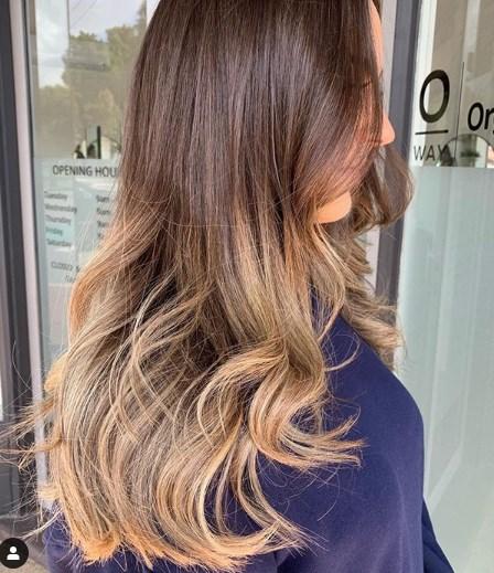Стрижка лесенка на длинные волосы 2019-2020