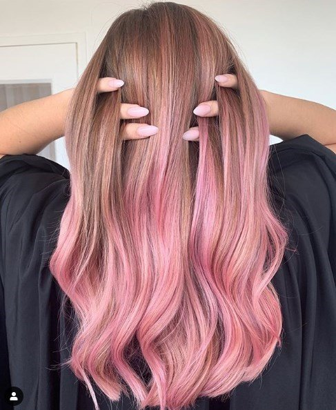 Модный розовый блонд осень 2019