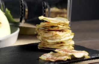 Яблочные чипсы в микроволновке быстро и просто готовятся